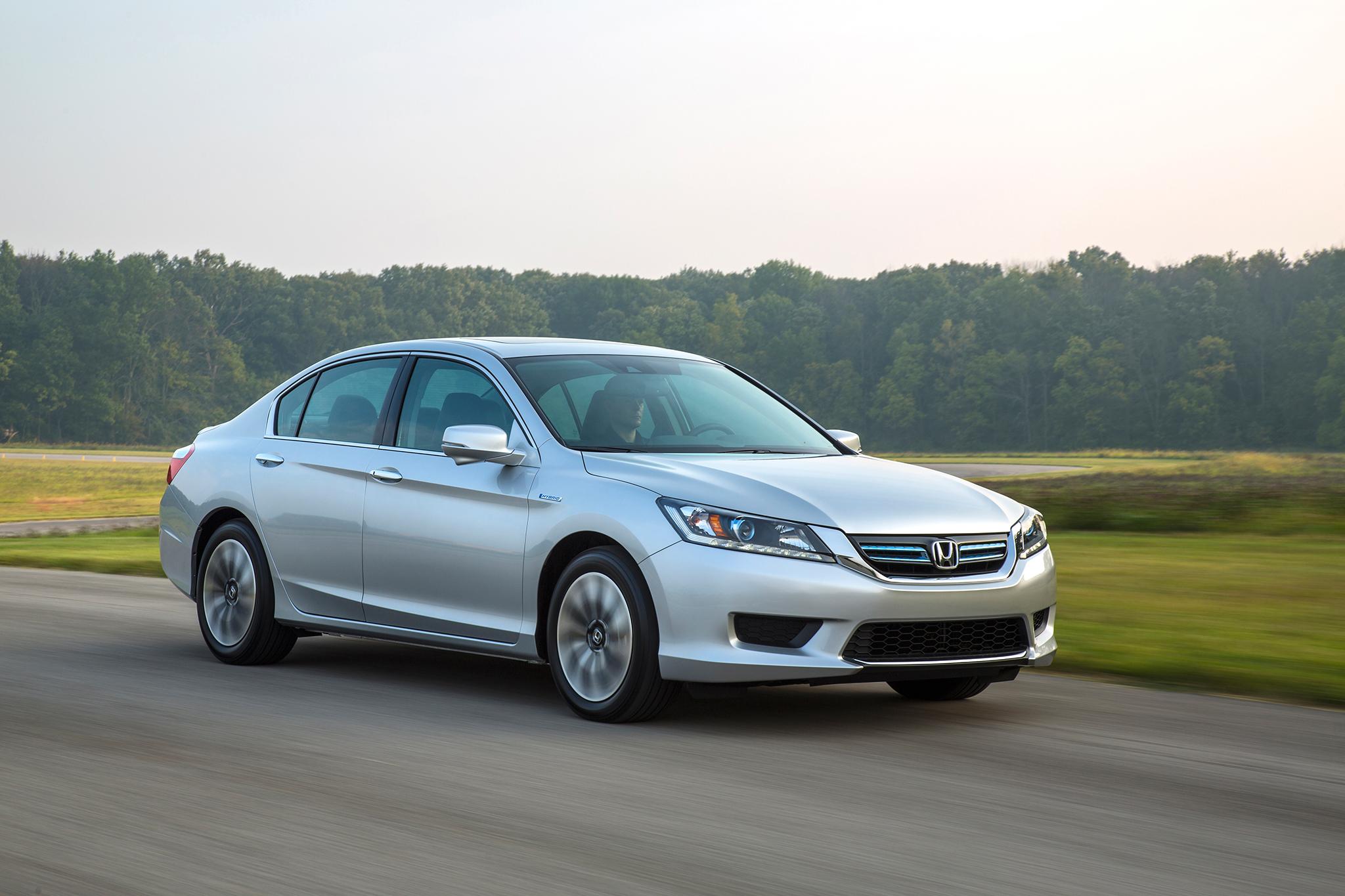 2014 Honda Accord Hybrid EX L Passengers Three Quarters In Motion